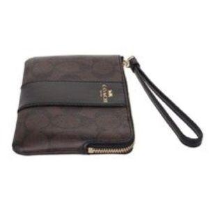 Coach Bags - Coach corner zip wristlet